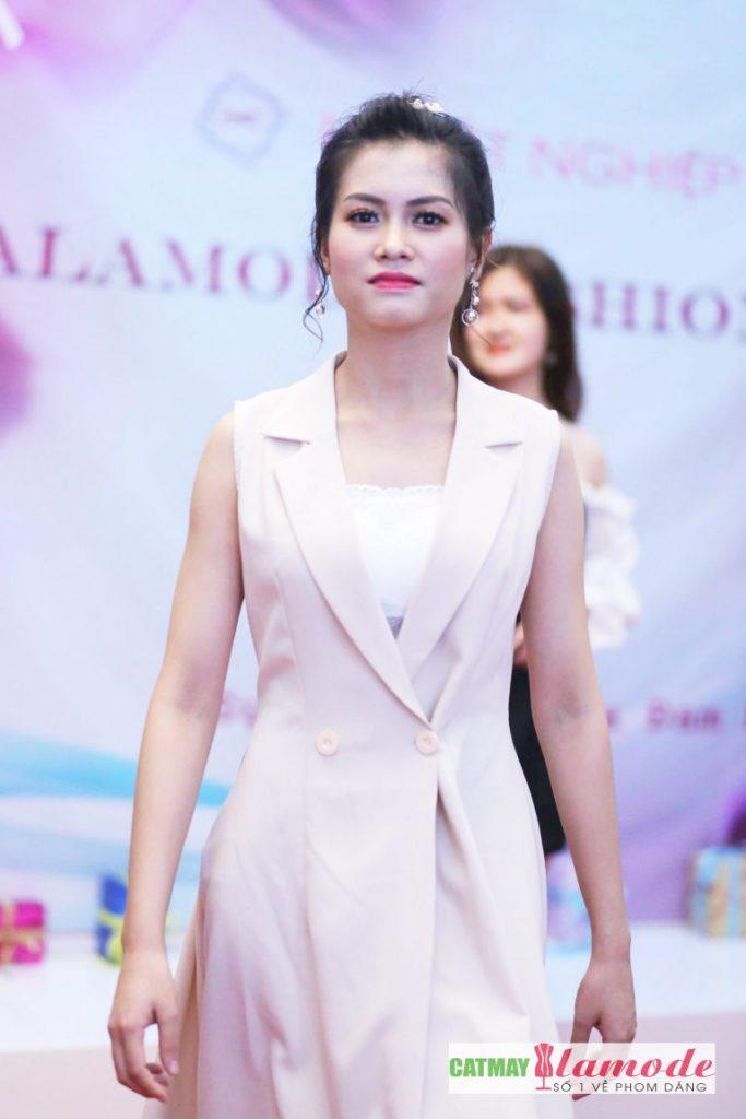 Sản phẩm của học viên Alamode giải nhất 10 683x1024 - Hình ảnh BST đạt giải nhất Alamode Fashion Show 2019