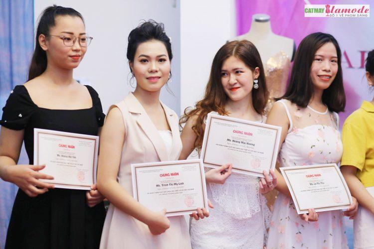 Sản phẩm của học viên Alamode giải nhất 18 - Hình ảnh BST đạt giải nhất Alamode Fashion Show 2019