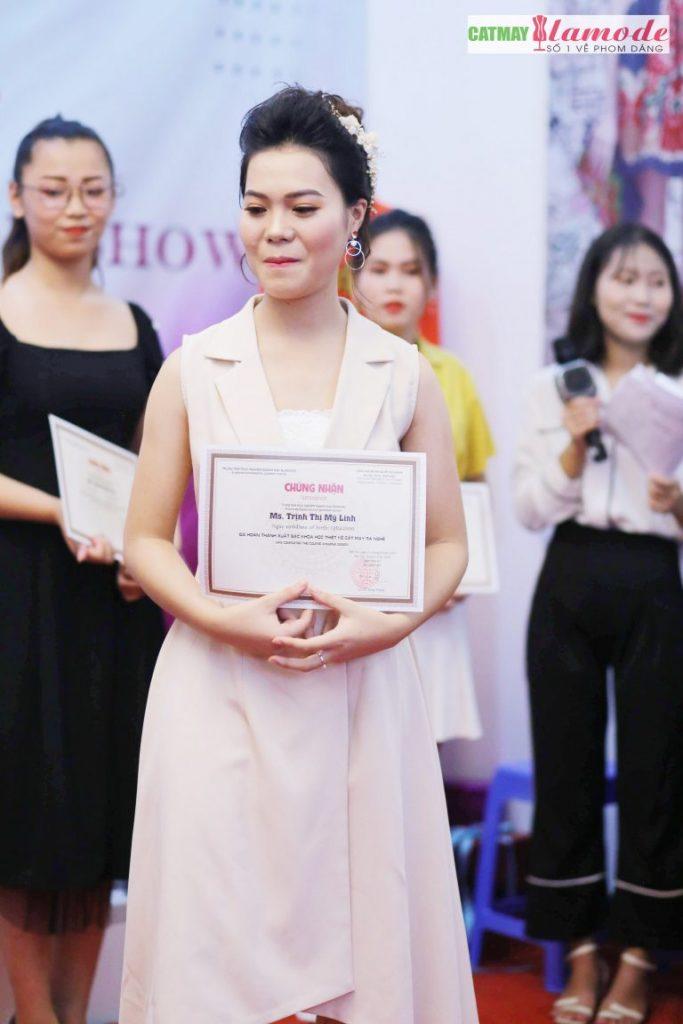 Sản phẩm của học viên Alamode giải nhất 20 683x1024 - Hình ảnh BST đạt giải nhất Alamode Fashion Show 2019