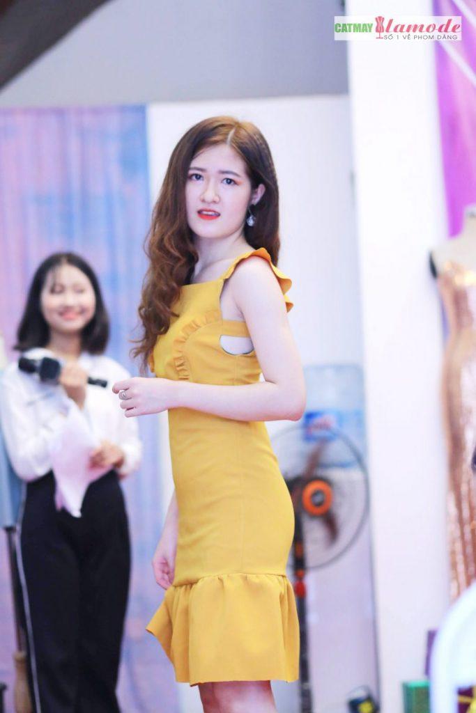 Sản phẩm học viên tại Cắt May Alamode 16 683x1024 - Hình ảnh BST đạt giải nhì Alamode Fashion Show 2019