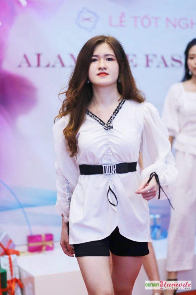 Sản phẩm học viên tại Cắt May Alamode 23 683x1024 - Hình ảnh BST đạt giải nhì Alamode Fashion Show 2019
