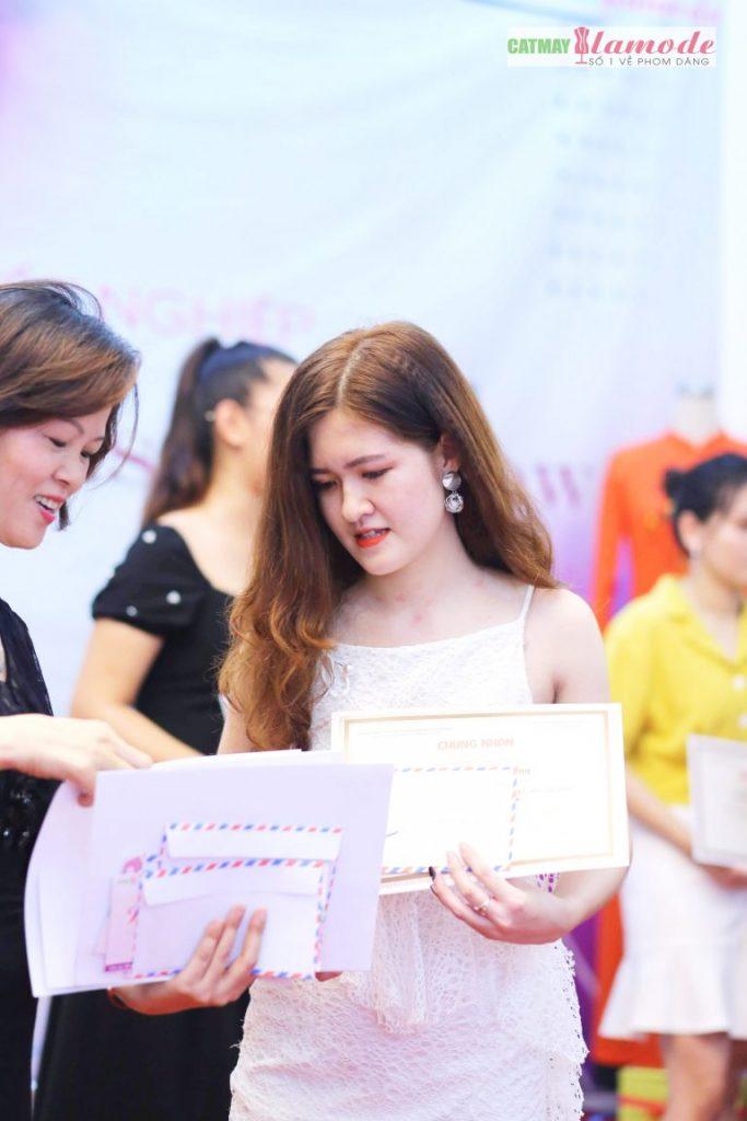 Sản phẩm học viên tại Cắt May Alamode 25 683x1024 - Hình ảnh BST đạt giải nhì Alamode Fashion Show 2019