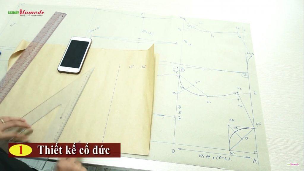 ban ve thiet ke co duc tren giay 1024x576 - Cách thiết kế cổ Đức